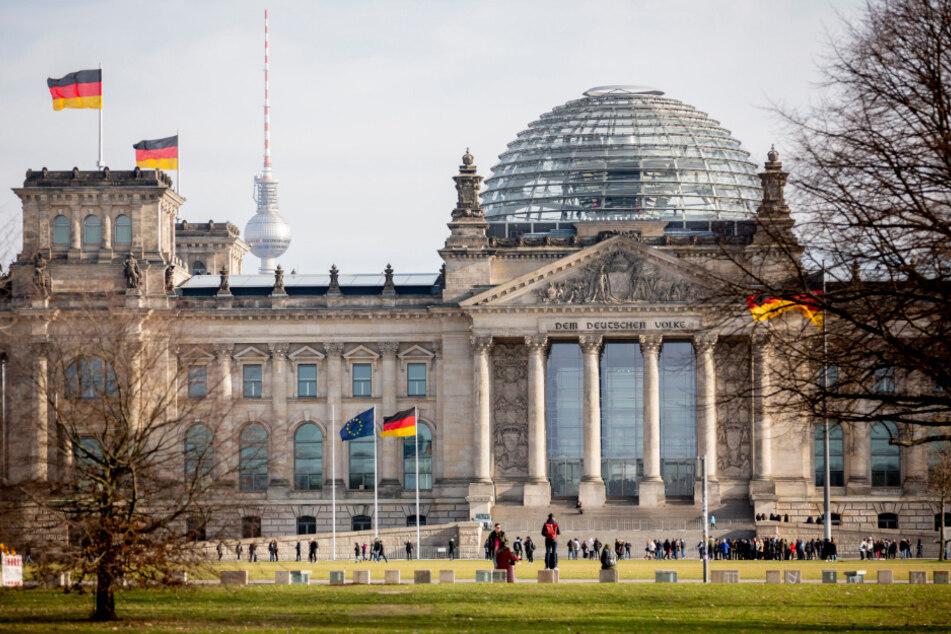 Berlin: Coronavirus in Berlin: Bundestag schließt Reichstagskuppel