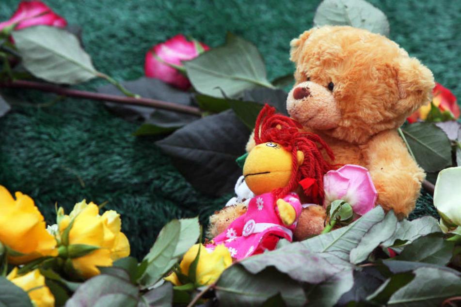 Eltern von ganz jungen Sternenkindern werden oft nicht über eine mögliche Bestattung informiert. (Symbolbild)