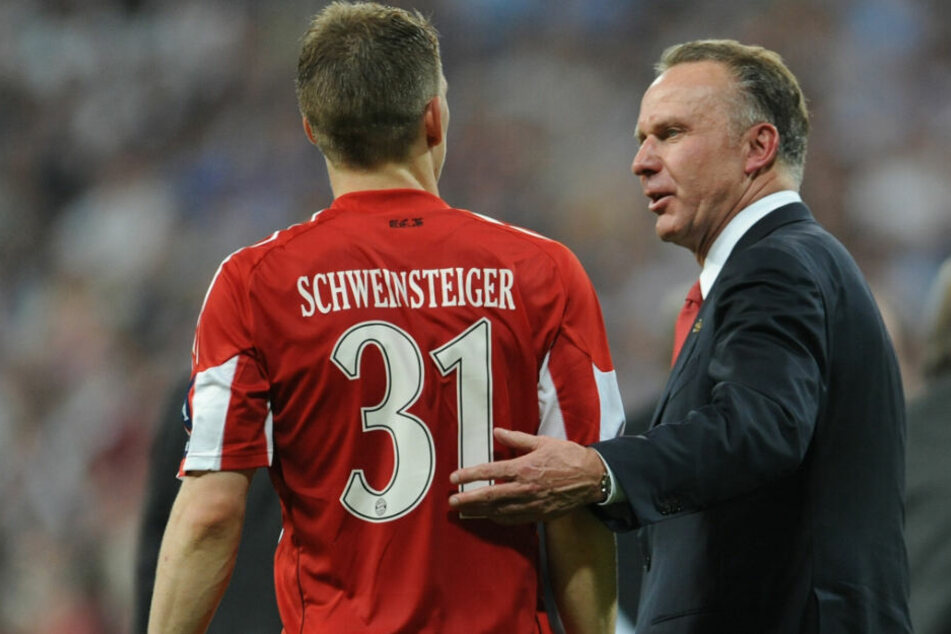 Karl-Heinz Rummenigge würde Bastian Schweinsteiger gerne in einer Funktion beim FC Bayern München sehen.