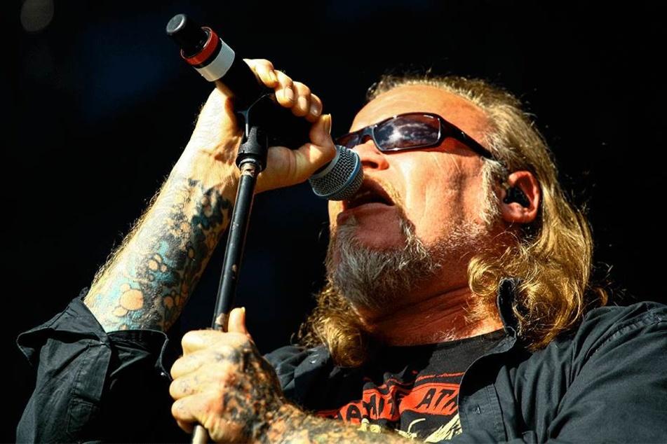 Sänger Kevin Russell (54).