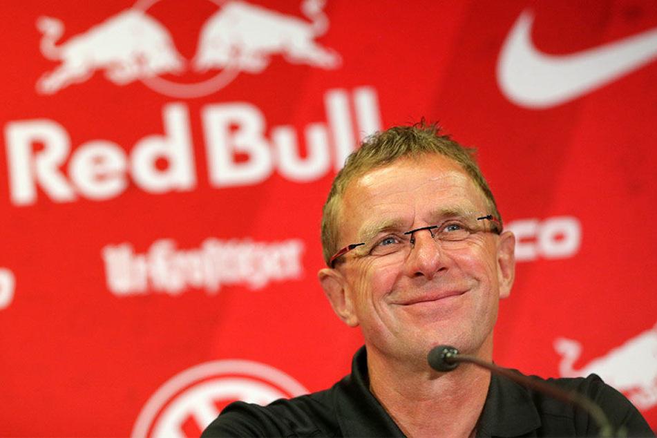 Ralf Rangdick (58), Sportdirektor von RB Leipzig, will mit seinem Verein direkt Kurs auf die Champions League nehmen.
