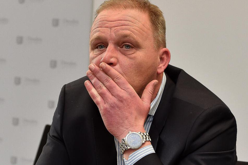 Muss schon wieder einen dramatischen Vorfall erklären: Zoochef Karl-Heinz Ukena (48).