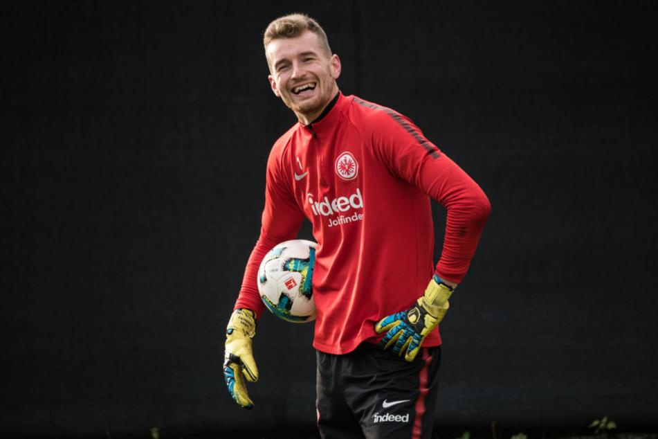 Eintracht Frankfurt verpflichtet dänischen Nationalgoalie
