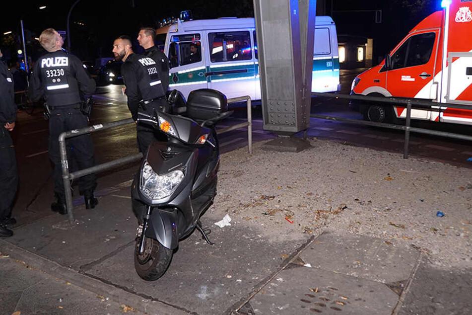 Die Polizei ermittelt nun, um wem es sich bei der Unfallverursacherin genau handelt.