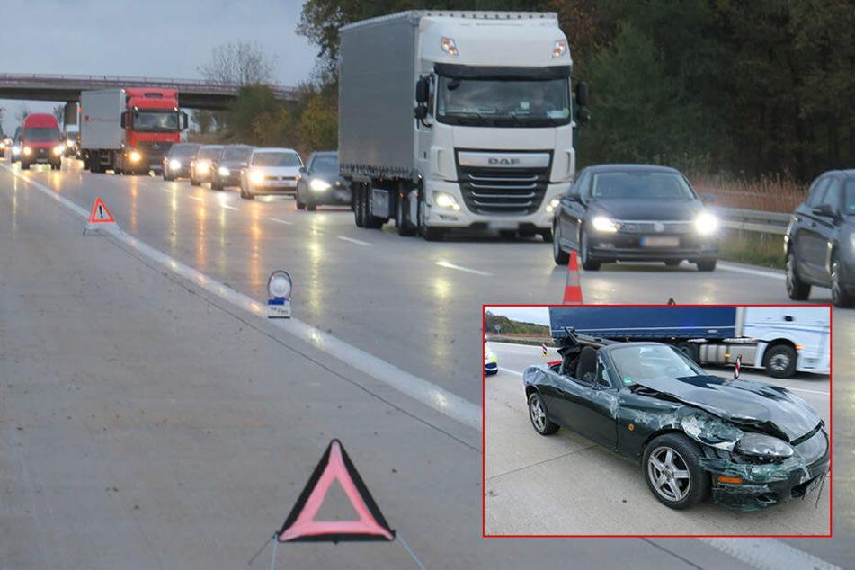 Stau auf A72! Mazda kracht in Leitplanke