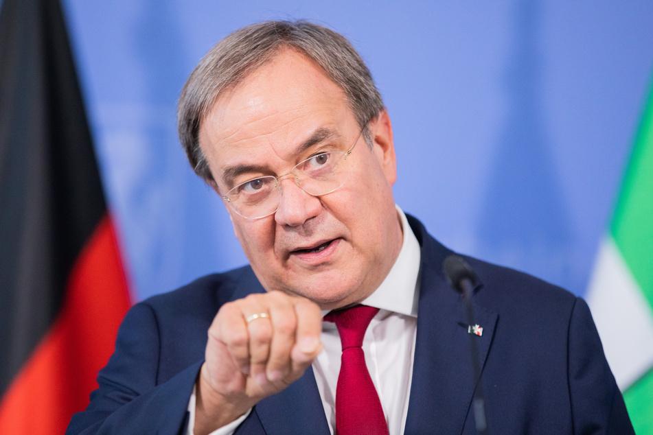 Armin Laschet (CDU), Ministerpräsident von Nordrhein-Westfalen, spricht bei einer Pressekonferenz.