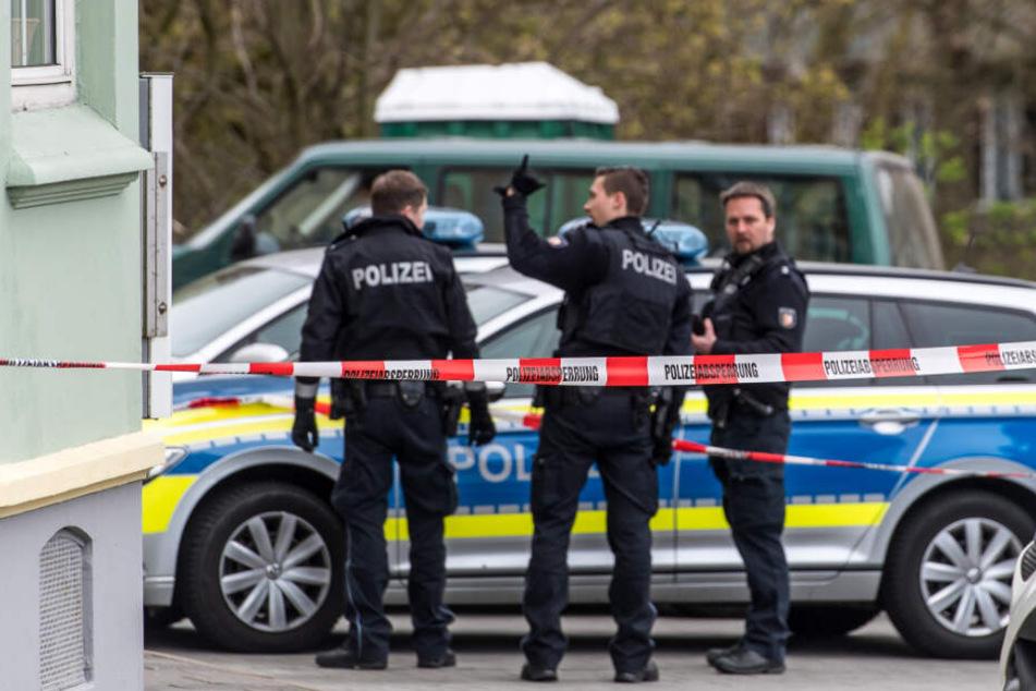 Streit endet tödlich, Tatverdächtiger meldet sich bei der Polizei
