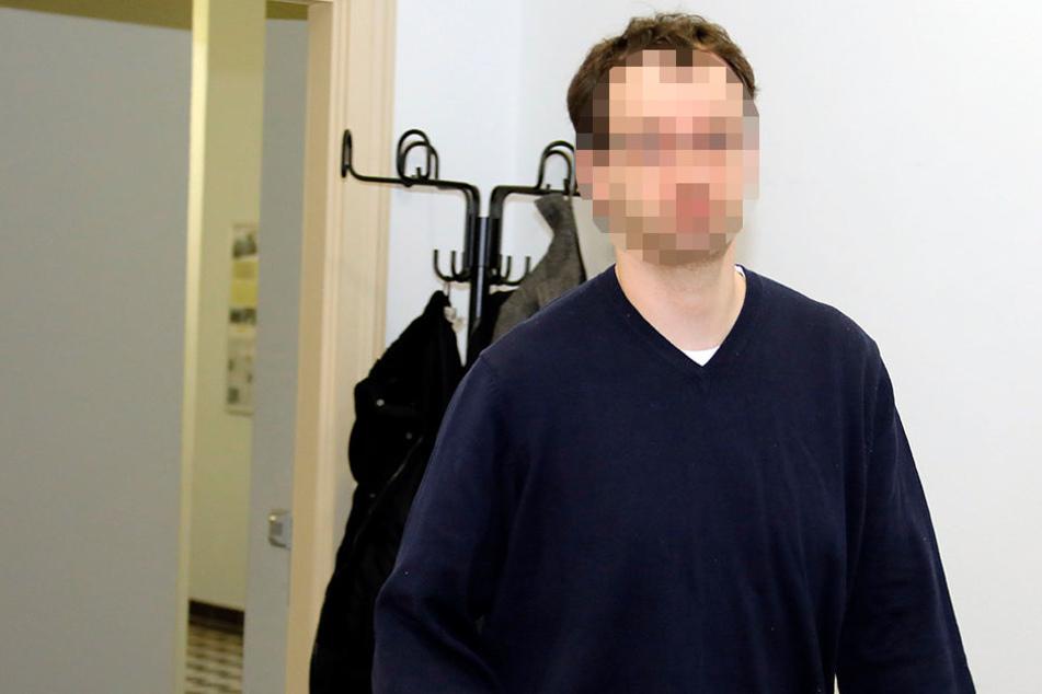 Björn F. (39) kam als verurteilter Betrüger ins Landgericht - und verließ es als freier, unschuldiger Mann.