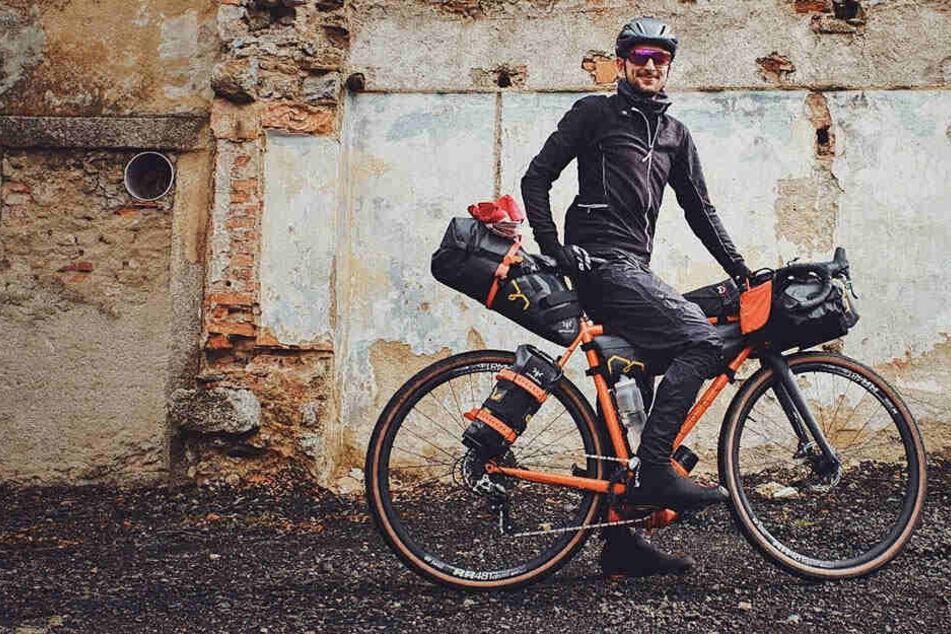 Einmal quer durch den Himalaya: Philipp Markgraf (28) möchte die höchsten Passstraßen dieser Welt bezwingen.