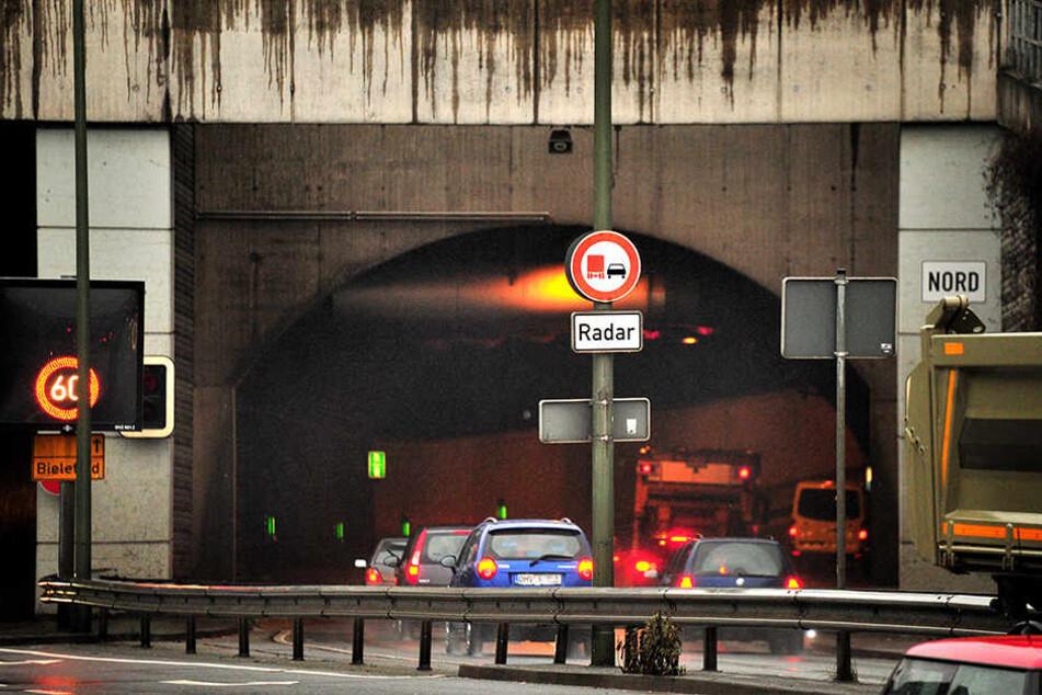 Wer normalerweise durch den Tunnel fährt, muss sich eine andere Strecke suchen.
