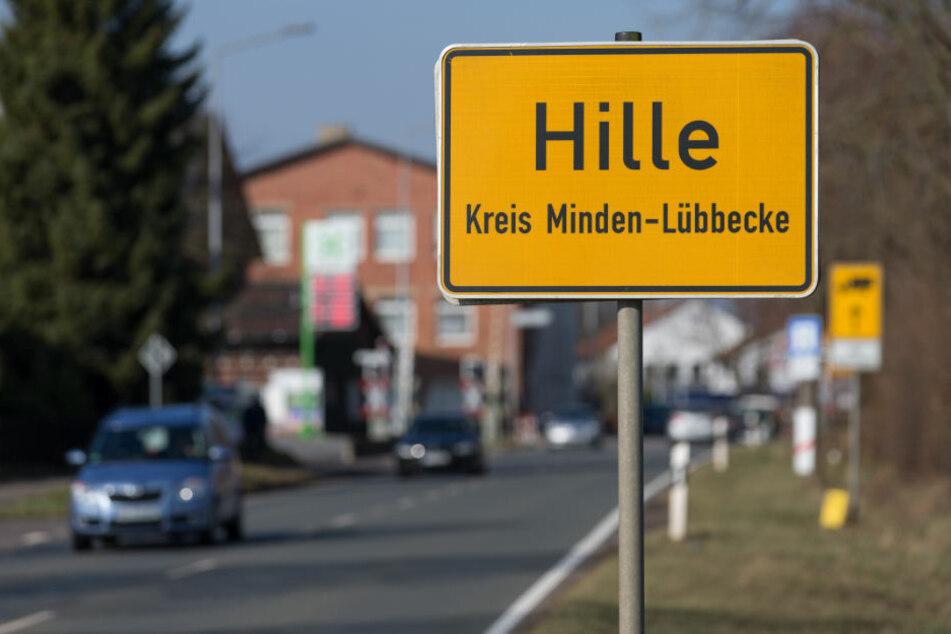 In dem kleinen Ort sollen die beiden Angeklagten drei Menschen ermordet haben.