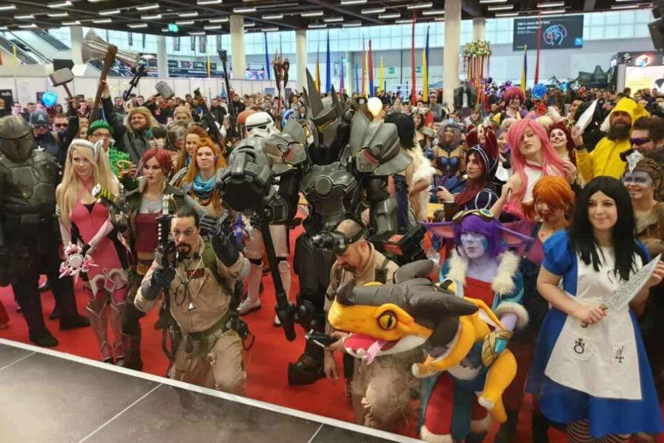 Auf der Gamevention-Messe in Hamburg waren etliche Cosplayer mit dabei.