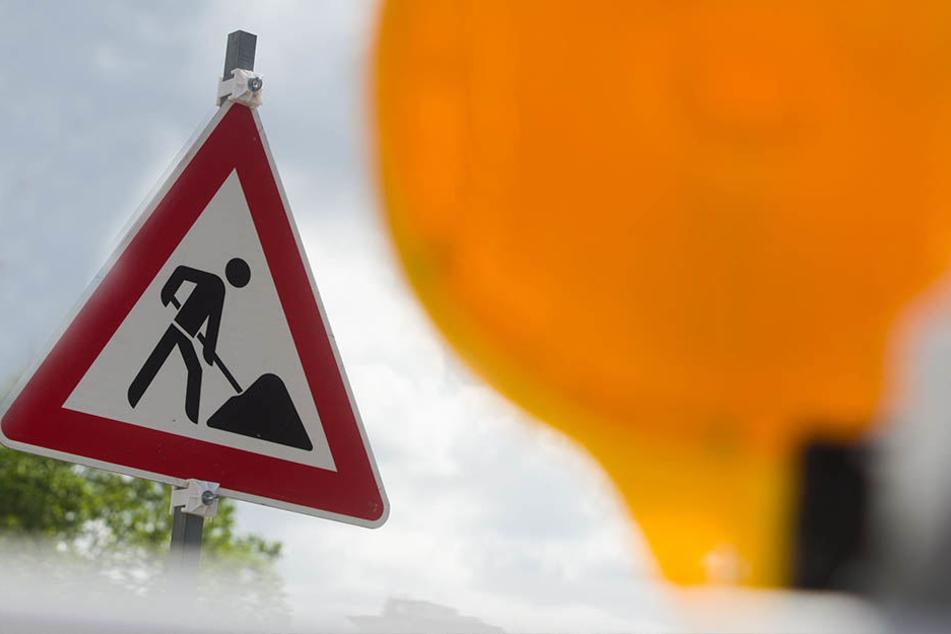 Aufgrund von Baurabeiten bleiben die Ausfahrt der A 72 aus Richtung Hof und die Auffahrt in Richtung Leipzig gesperrt. (Symbolbild)