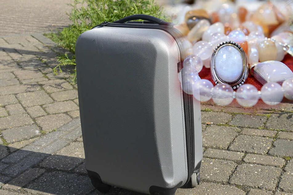 In dem Koffer der Frau befand sich 20.000 Euro Schmuck. (Symbolbild)