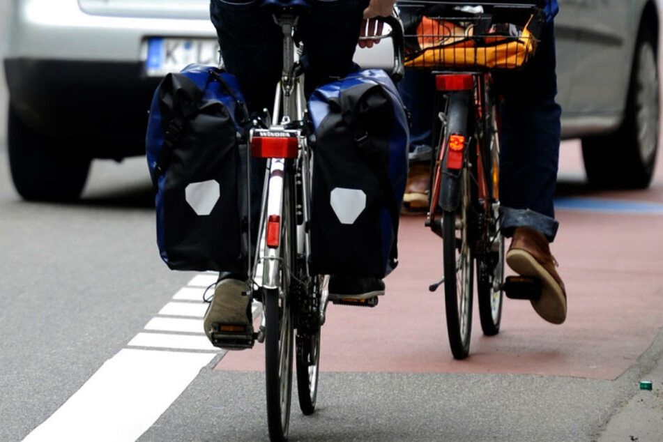 Zwei Fahrradfahrer wurden am Mittwoch von einem betrunkenen Honda-Lenker in Leipzig-Leutzsch verletzt (Symbolbild).