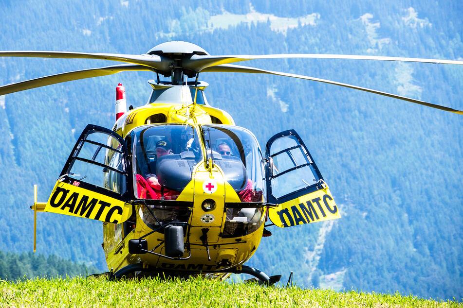 Mittels Hubschrauber wurden zwei der Verletzten in Krankenhäuser gebracht (Symbolbild).