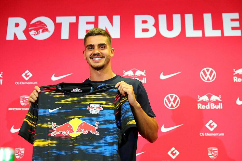 André Silva (25) ist am Freitag offiziell bei RB Leipzig vorgestellt worden.