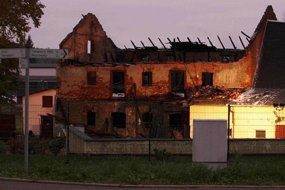 Erneut hat es auf einem Vierseiten in der Möschwitzer Straße in Plauen gebrannt. Diesmal stand der Stall in Flammen.
