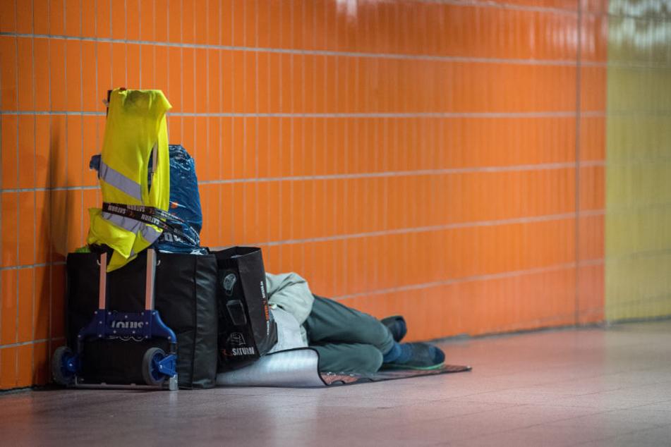 Darf dies zum alltäglichen Bild in Stuttgart werden? Laut Minister Lucha müsse jeder, der einen Menschen in Not sieht, handeln.