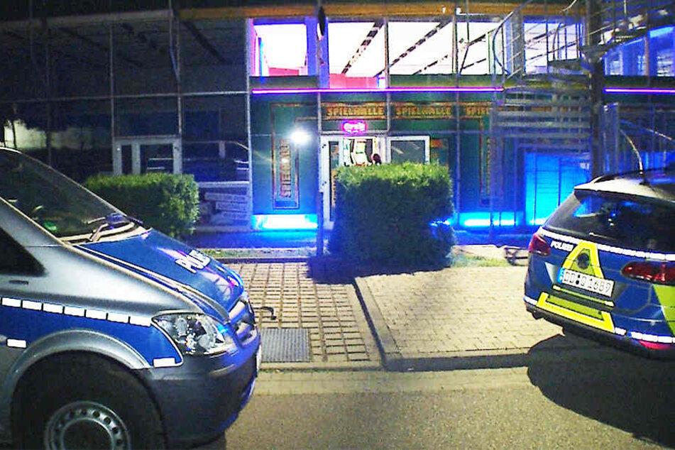 Am Mittwochabend wurde diese Spielothek in Leipzig überfallen. Der Täter erbeutete eine unbekannte Menge Bargeld.