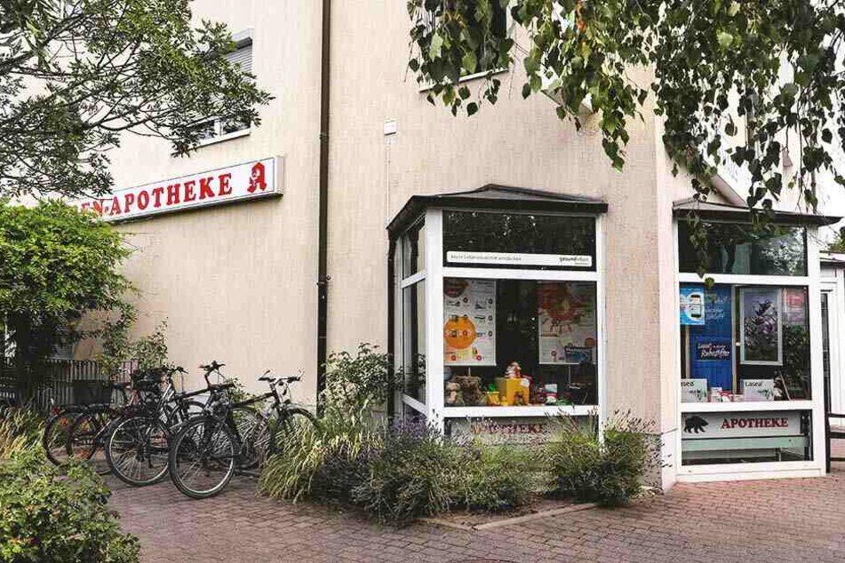 Dresden: Überfall auf Apotheke in Dresden: Pistolen-Mann bedroht Angestellte