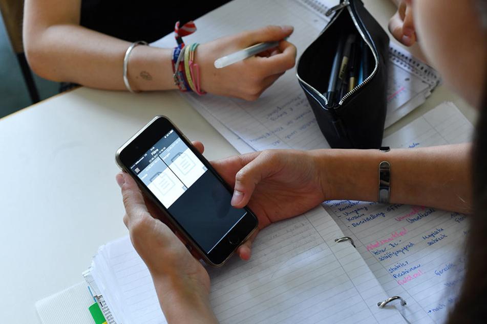 Klassenzimmer sollen voll digitalisiert werden