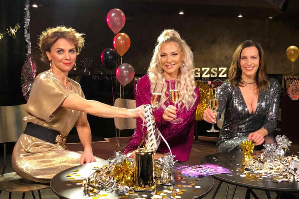 Gisa Zach (l.), Valentina Pahde (m.) und Ulrike Frank (r.) geben einen kleinen Ausblick aufs kommende Jahr.