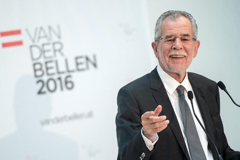 Alexander Van der Bellen (73).