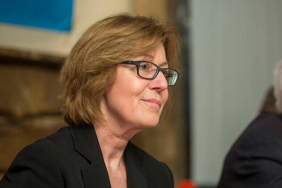 Auf das Haus der AfD-Landtagsabgeordneten Karin Wilke (65) wurde ein Farbanschlag verübt.