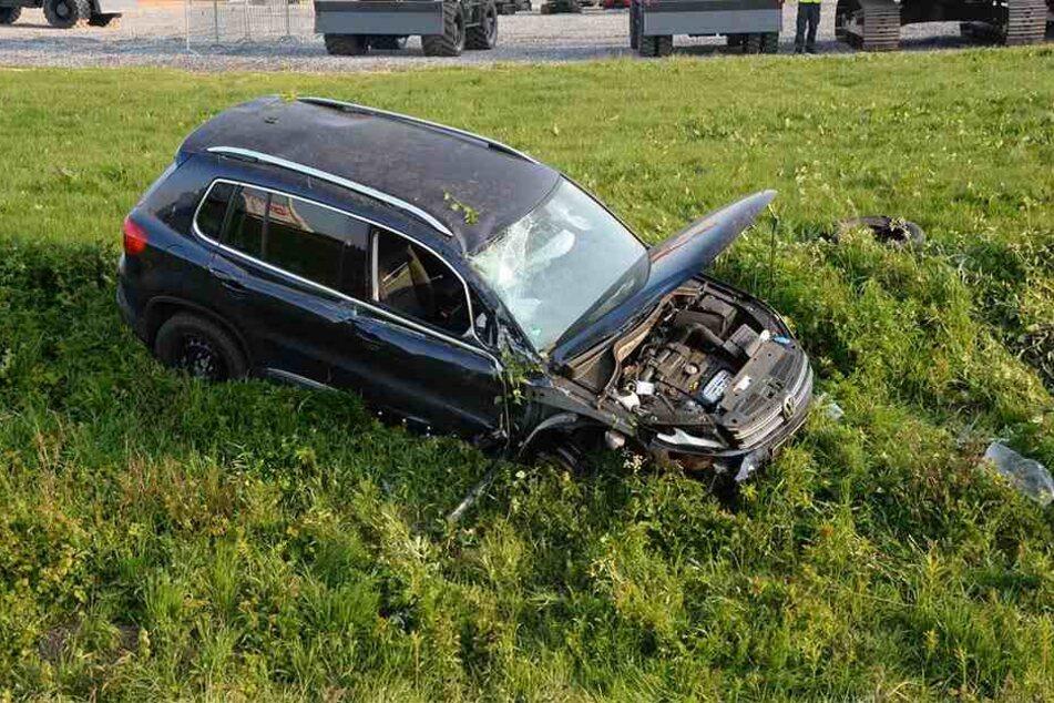 Der Wagen musste mit Totalschaden abgeschleppt werden.