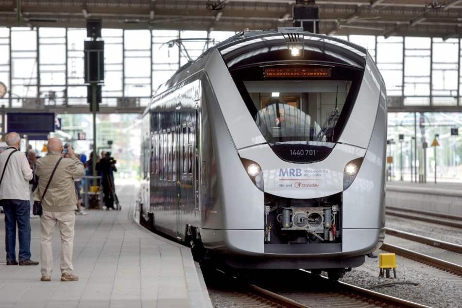 Bei der Mitteldeutschen Regiobahn sind Sicherheitsprobleme aufgetreten. Die Züge müssen nun überprüft werden.