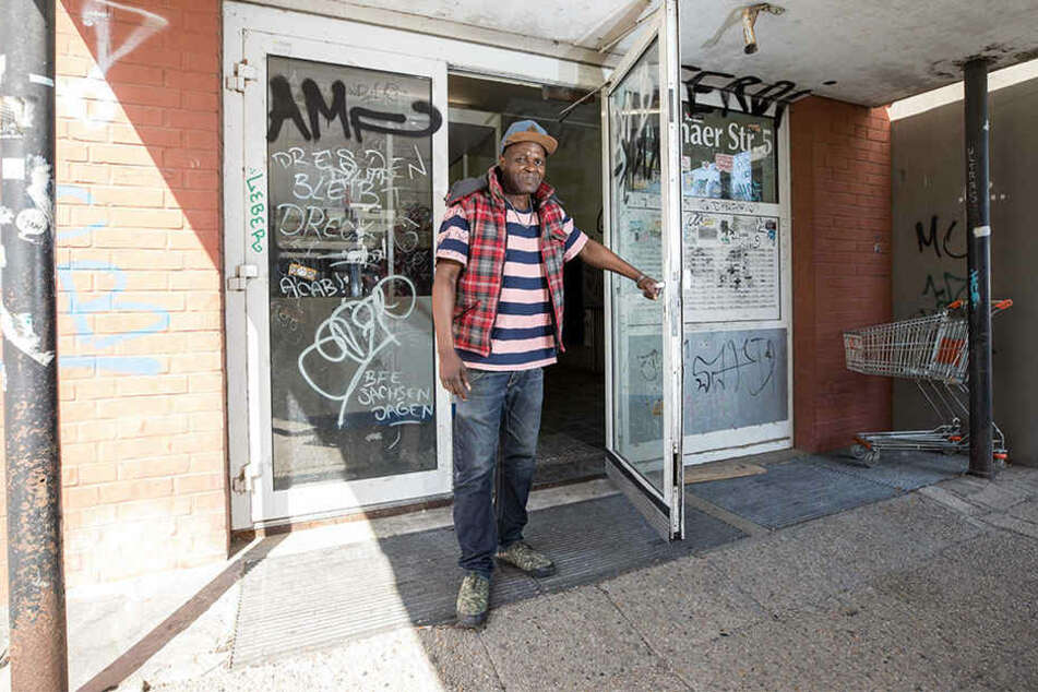 Roberto Vitorino Guianhela (52) wohnt im siebten Stock, ist der letzte Bewohner im Hochhaus.