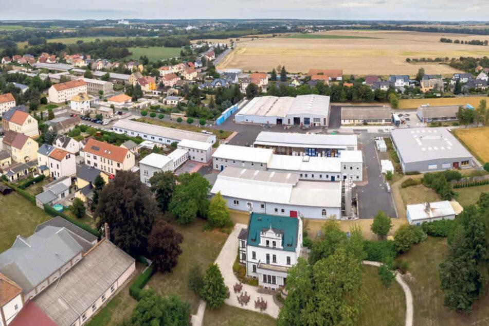 Ganz schön groß: das Gelände der Farbenfabrik im Grimmaer Ortsteil Nerchau.