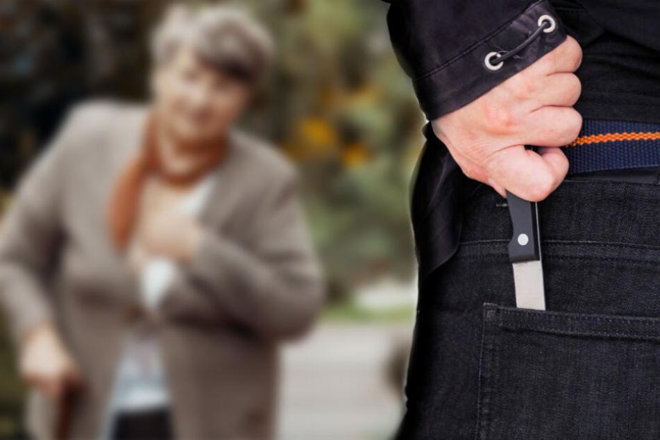 Einer von ihnen verletzte die Seniorin mit einem Messer schwer. (Symbolbild)