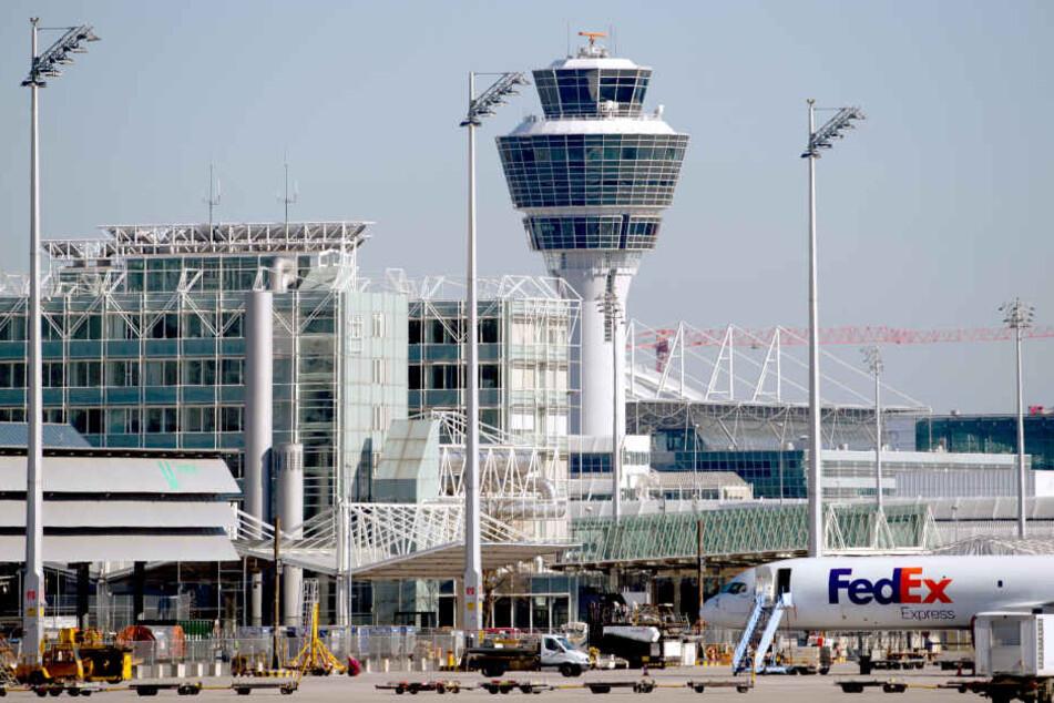 Am Flughafen von München kommt es immer wieder zu teilweise kuriosen Funden bei Zollkontrollen.