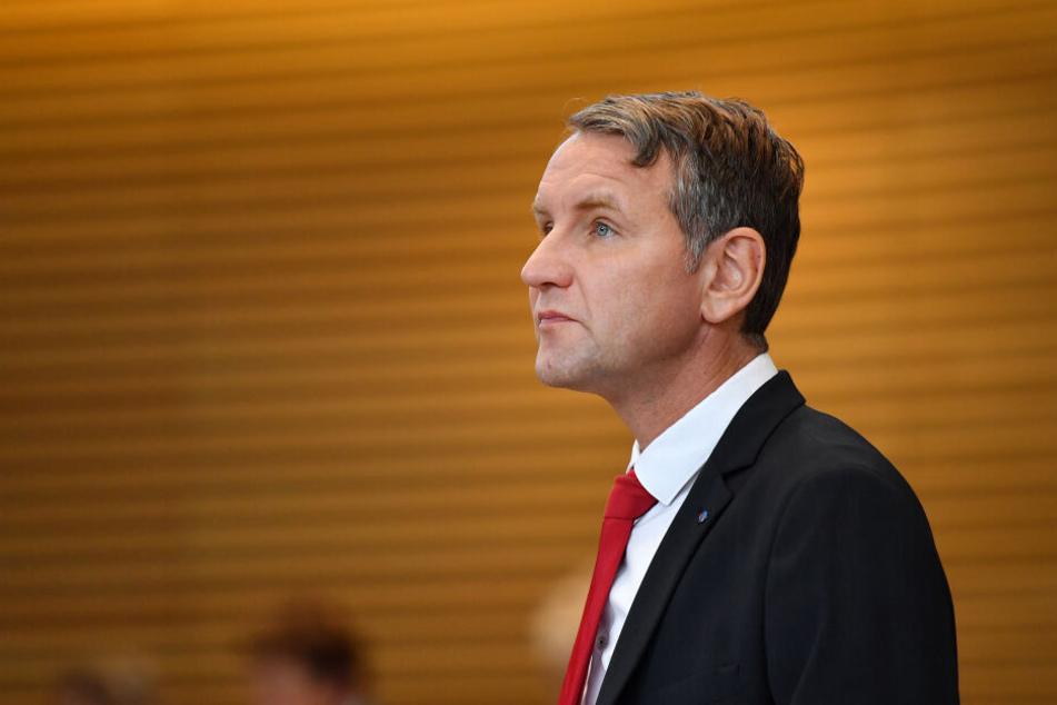 Björn Höcke ist Vorsitzender der AfD in Thüringen. Sein Parteigenosse Klaus-Dieter Kobold wählte im Erfurter Stadtrat unpassende Worte für den 2. Weltkrieg. (Symbolbild).