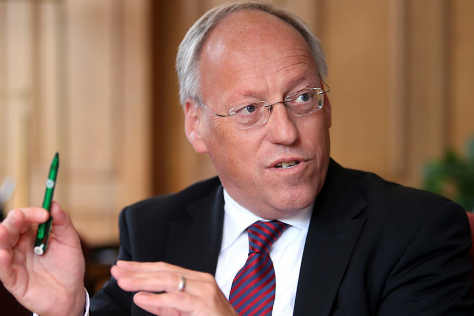 Bielefelds OB Pit Clausen (SPD) steht dem DSC als verlässlicher Partner zur Seite.