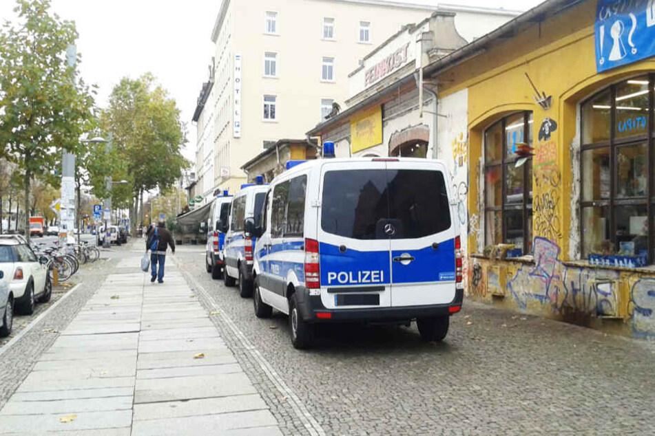 Leipzig: Nach bundesweiter Razzia: Bundespolizei durchsucht Wohnung in Leipzig