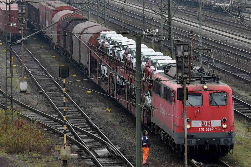 Ein Betrunkener hat in Gotha einen Güterzug zum Anhalten gezwungen.