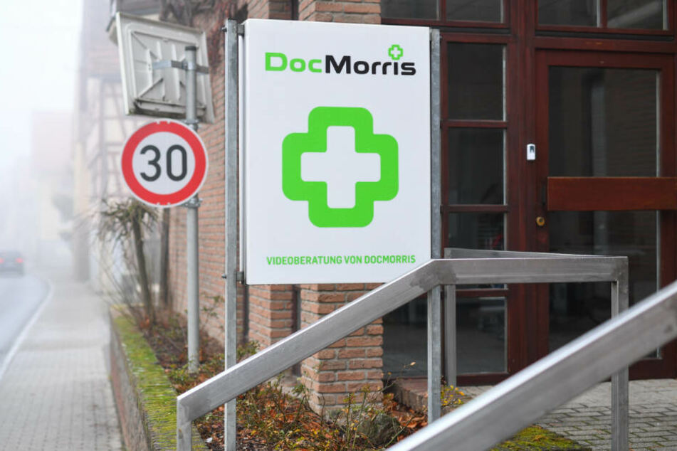 In der Gemeinde Hüffenhardt versucht Versandhändler DocMorris seit drei Jahren eine Alternative in Form eines Arzneimittelautomaten zu etablieren.