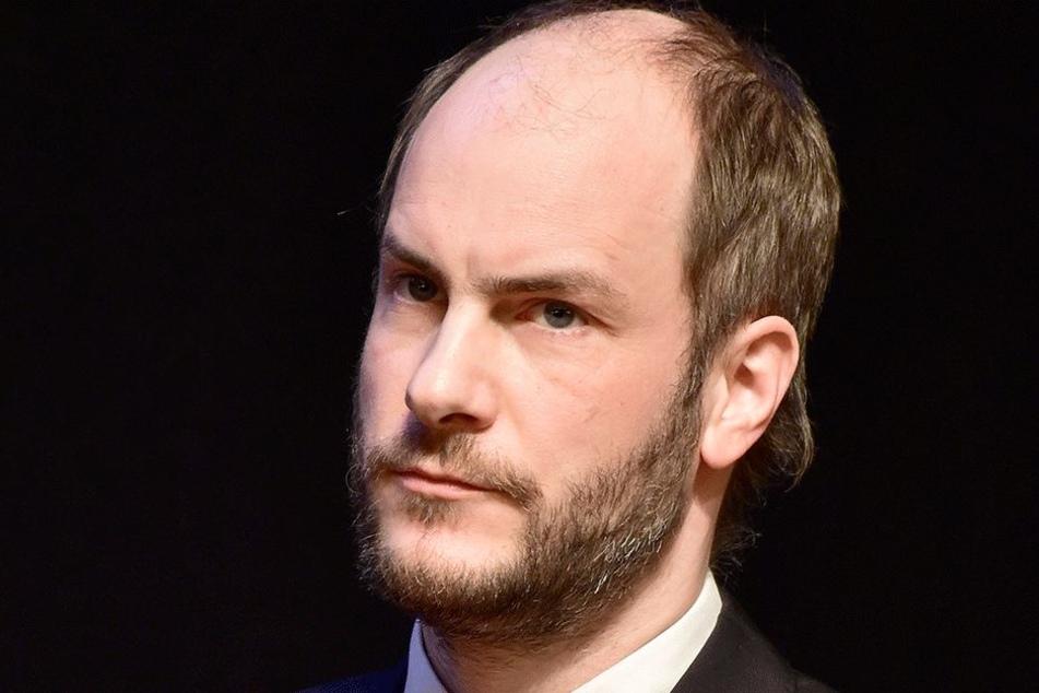 Auch Pro-Chemnitz-Chef Martin Kohlmann (40) will verpflichtende Altersbestimmungen.