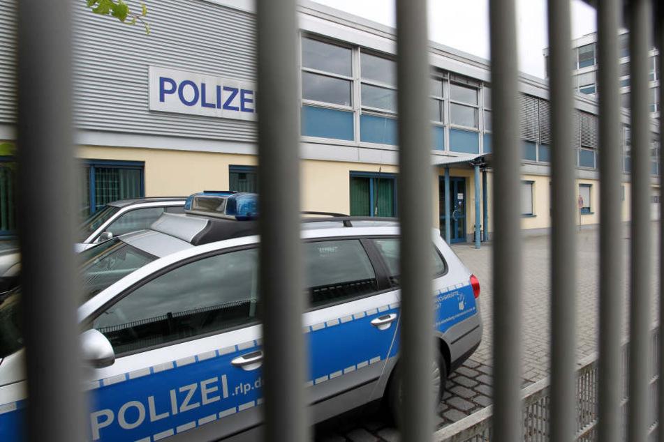 Die Polizei nahm den Tatverdächtigen noch in der Wohnung fest. (Symbolbild)