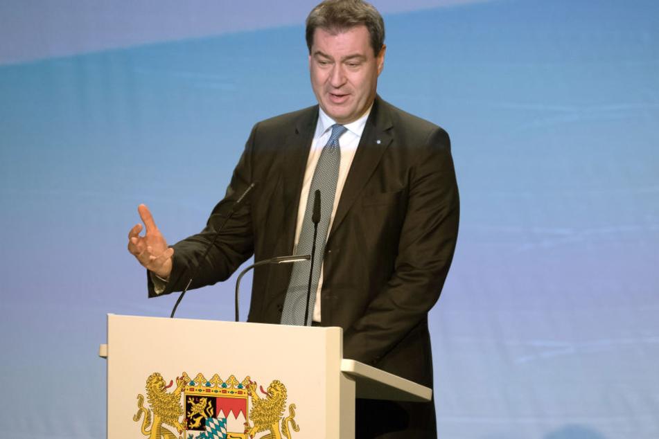 """Söder (CSU, 51) begrüßte bei Festakt Franz Herzog von Bayern mit """"Eure königliche Hoheit"""""""
