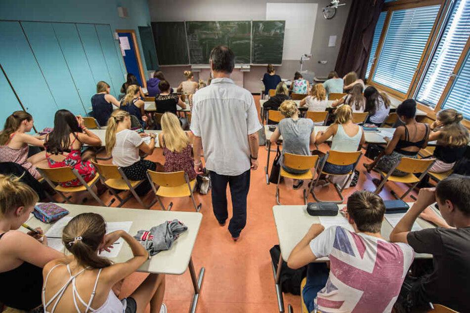 Tauschen sich ost- und westdeutsche Schulen bald die Schüler untereinander aus?
