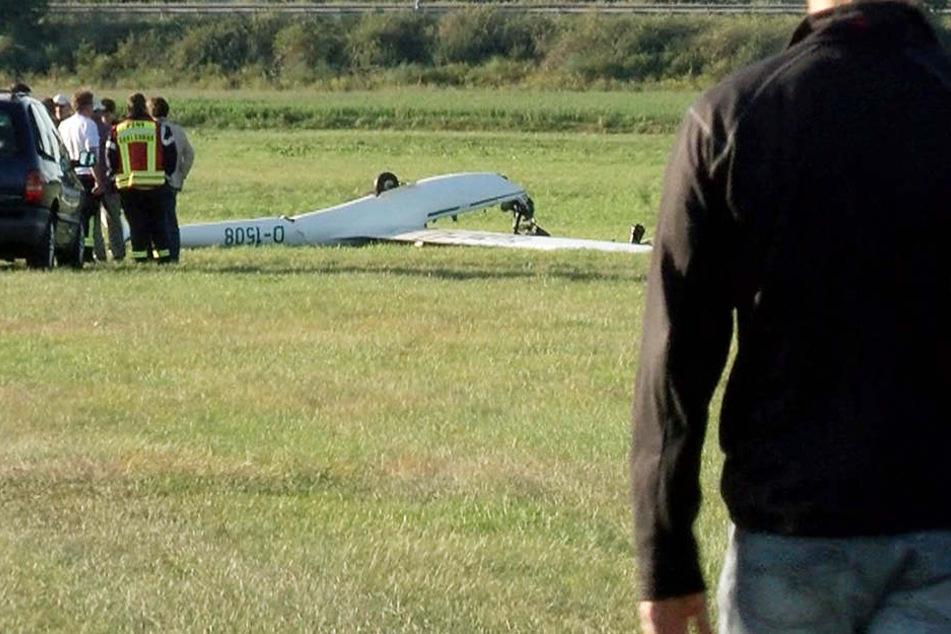 Der Pilot stürzte mit seinem Segelflieger ab und war sofort tot.