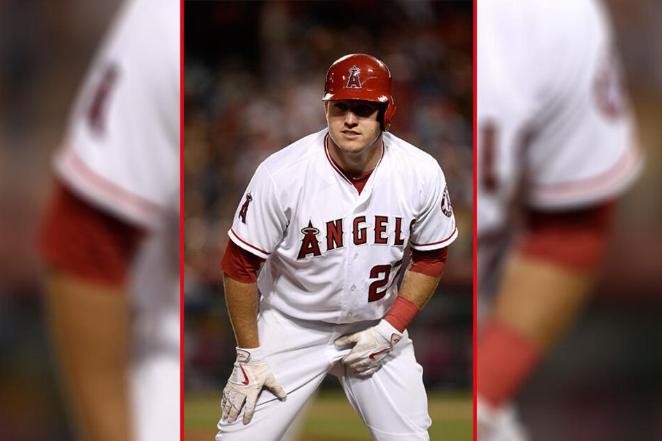 Der US-amerikanische Baseballspieler Mike Trout (27) soll für einen Zwölf-Jahres-Kontrakt rund 400 Millionen Euro kassieren.