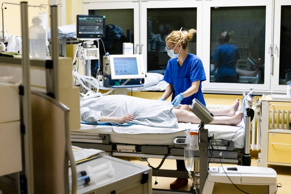 Stand Mittwoch werden in Baden-Württemberg 188 Covid-Patienten auf der Intensivstation behandelt. (Symbolbild)