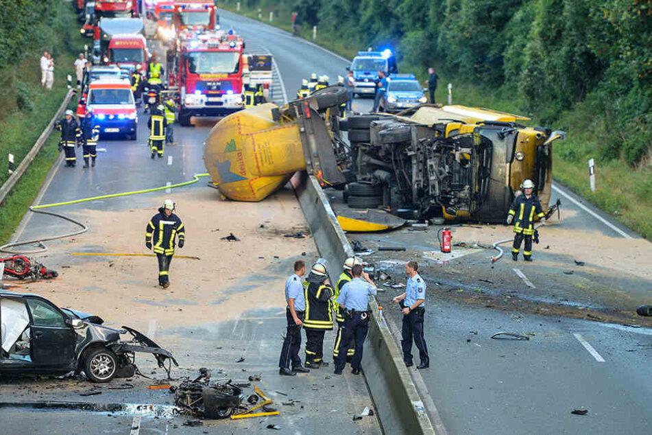 Nach Unfall mit drei Toten: Zweieinhalb Jahre Knast für Lkw-Fahrer