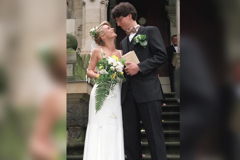 2001 besiegelten Uta Bresan und Karsten Freund das Eheglück im Dresdner Standesamt, gefeiert wurde auf Albrechtsberg.