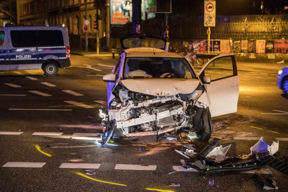 An dem Fluchtauto entstand ein Totalschaden.
